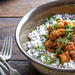 Slow-Cooked Spicy Chicken