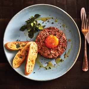 Herbed & spicy steak tartare