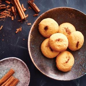 Algerian Ghribia Biscuits